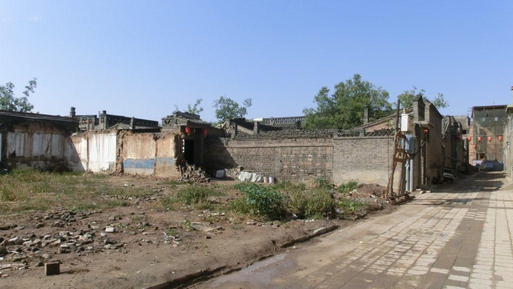 Wer hätte hinter dieser Ruine ein so schönes Hostel vermutet?