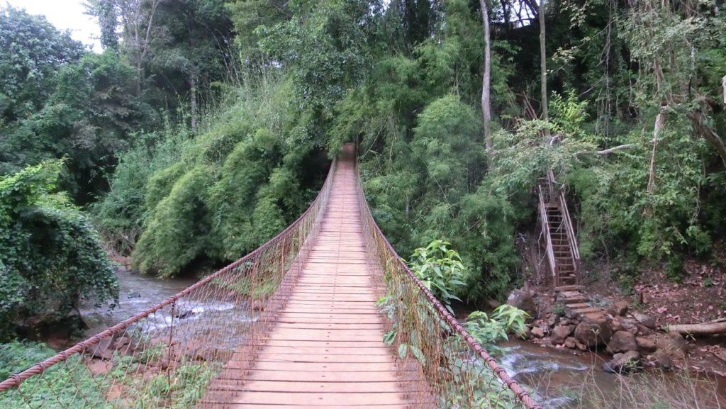 Hängebrücke am Kachang Waterfall